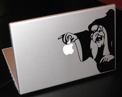 白雪姫がアップルを食べる02