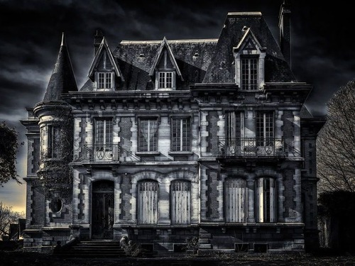 幽霊屋敷の秘密