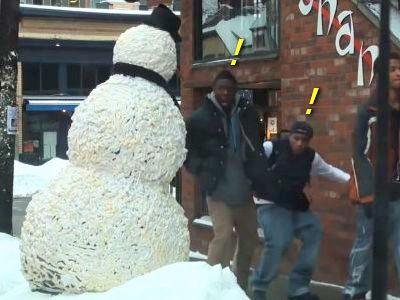 雪だるまドッキリ