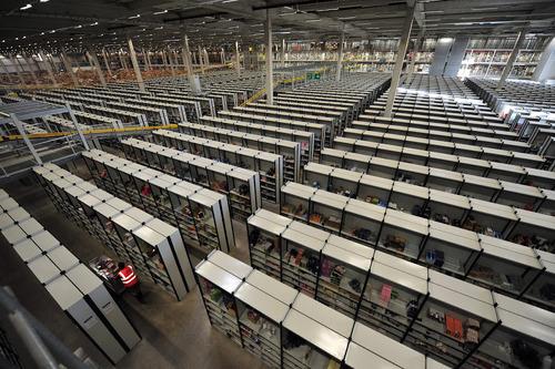 Amazonの倉庫11
