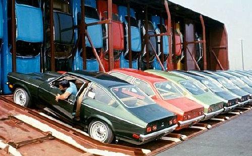 70年代の車の運搬のしかた03