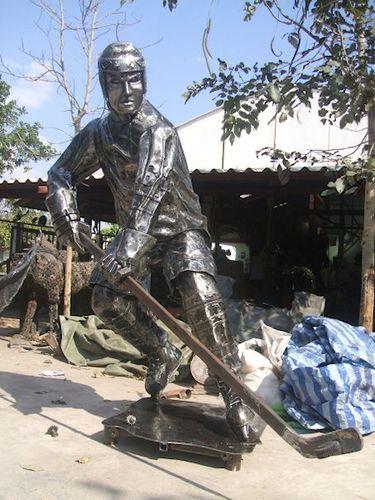 リサイクル彫像08