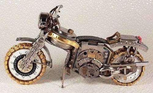 時計で作ったバイク02