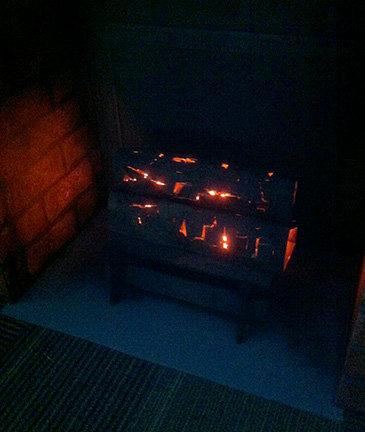 ダンボール暖炉10
