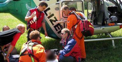 アルプスで遭難した女性、スポーツブラで助かる01