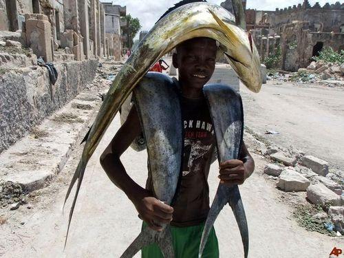 ソマリアの魚釣り03