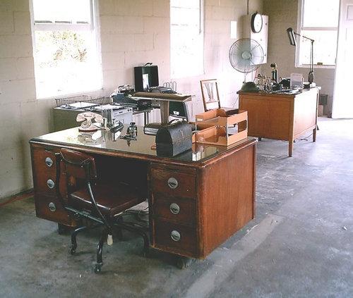 オフィスのイタズラ02