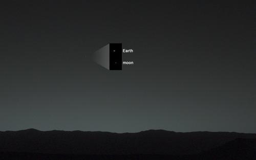 火星から地球を見上げると、こう見える04