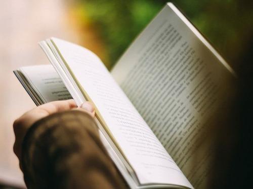アメリカ人の3200万人は読めない