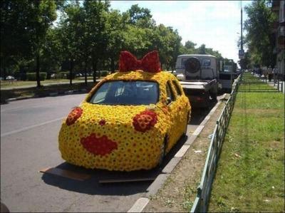 変な車03