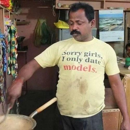 11面白い、変わったTシャツ