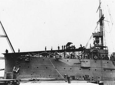 最古の母艦05