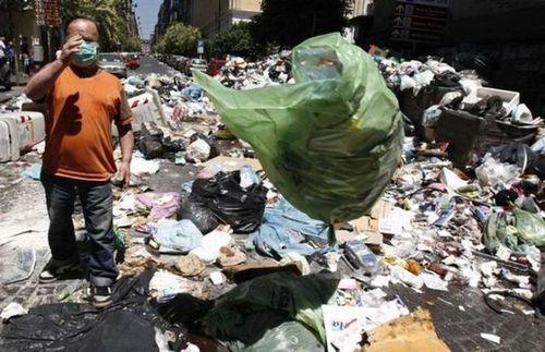 ゴミの街ナポリ11