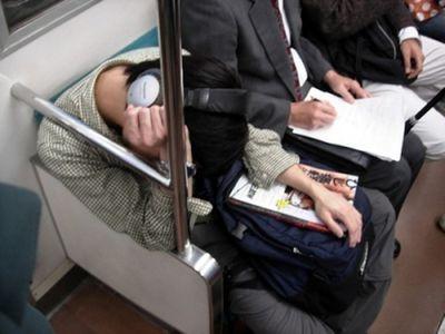 眠たい日本人06