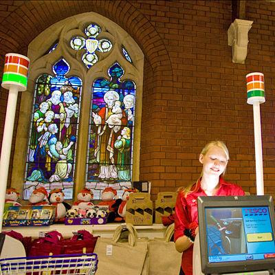 教会をスーパーマーケットに02