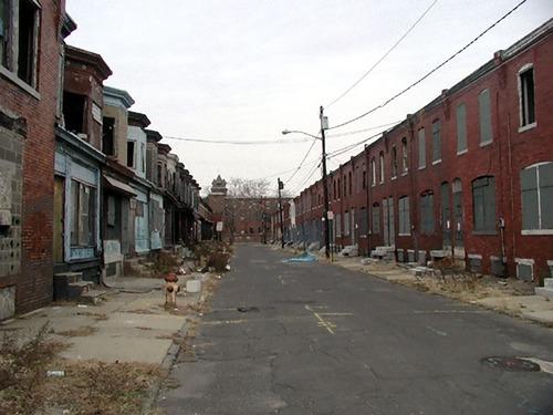 アメリカ人の4割が4万4000円の貯金すらなく4000万人が貧困