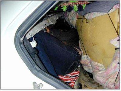 不法移民の国境越え14