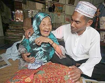 108歳のおばあちゃん「子供が欲しい」01