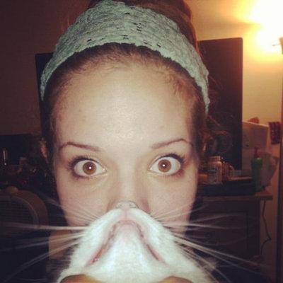 猫でヒゲ遊び12