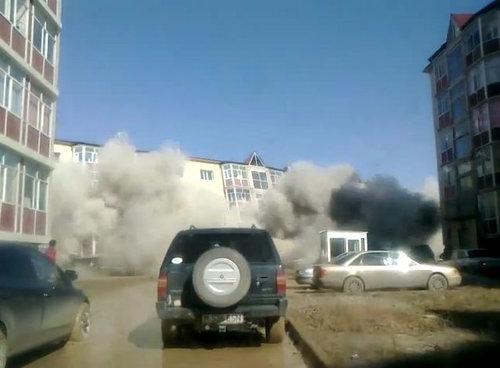 カザフスタンのアパート倒壊01