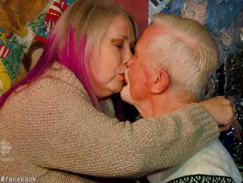 47年間未開封だった初恋の相手のクリスマスプレゼント03