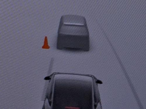 ドライブスルーのスタッフを三角コーンだと考えている01