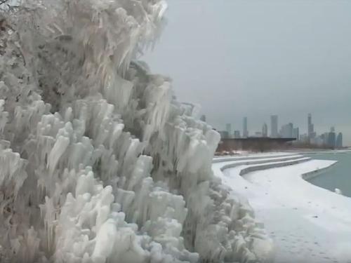 大寒波のアメリカ「こんなものまで凍るの!」