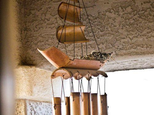ウインドチャイムに鳥の巣01