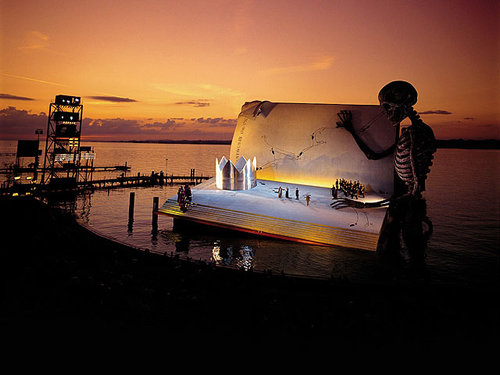 オーストリアの湖上舞台02