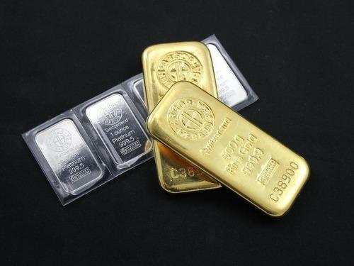 5000ドルのゴールドと5000ドルのシルバー