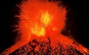 パリクティン火山01