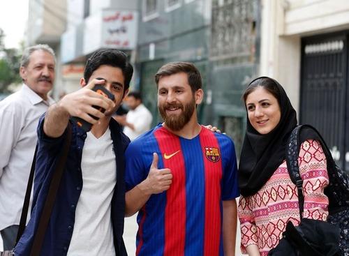メッシそっくりのイラン人が逮捕03