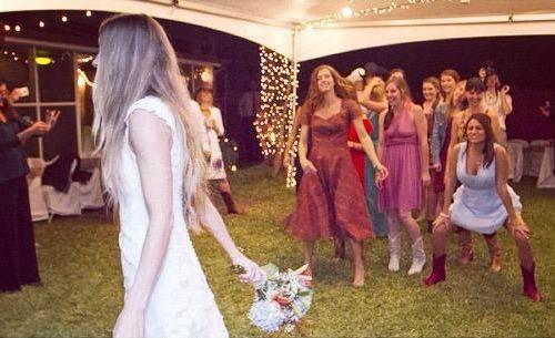 妹の結婚式と彼女01