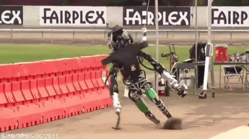 ロボットと酔っ払いはよく似ている02