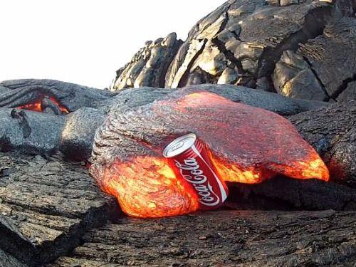 コカコーラと溶岩01