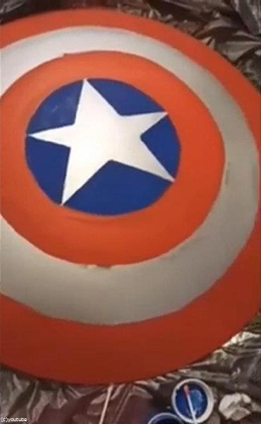 キャプテンアメリカの盾の照明を自作02