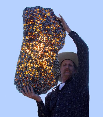ぴかぴかに磨いた隕石05