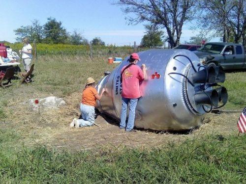 オクラホマ州に墜落したロケットのカプセル?03