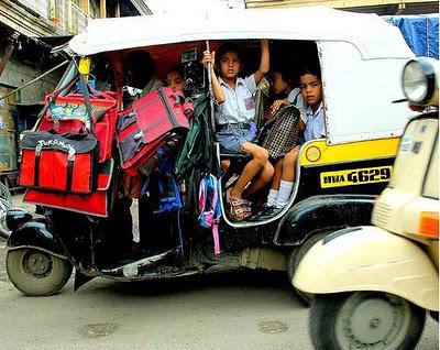インドのスクールバス06