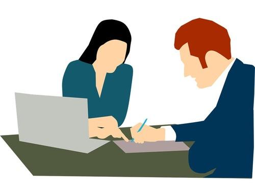 契約条件などを読む人に質問