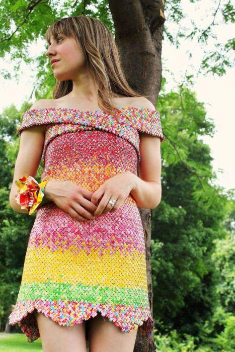 キャンディの包み紙でドレス06