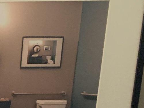 歯科医のトイレ01