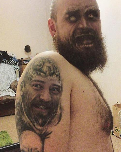 タトゥーと顔交換アプリを使うとホラーになる02