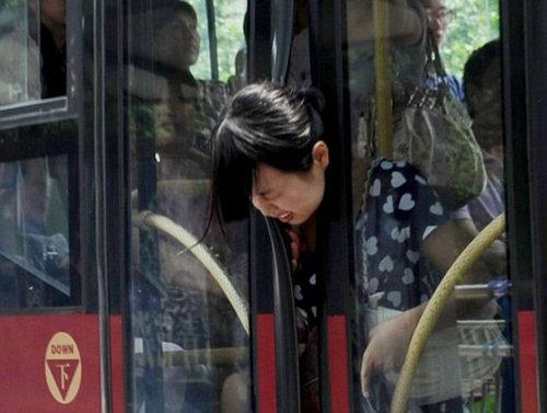 こんなバスは困る05