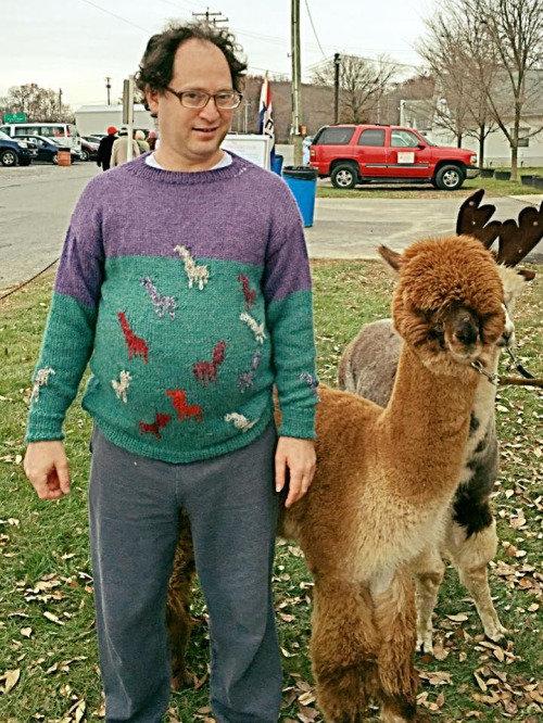 旅行先の景色を編んだセーター04