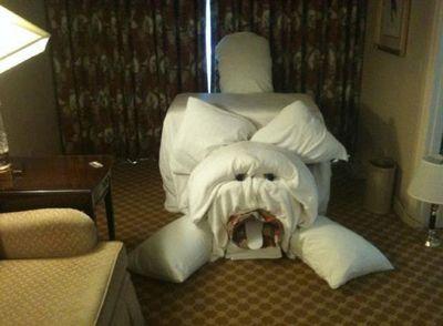 ホテルのイタズラ03