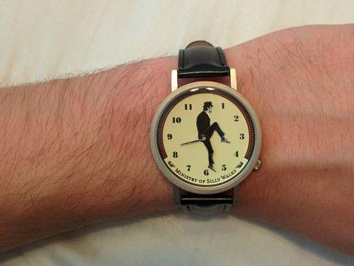 ユニークな腕時計08