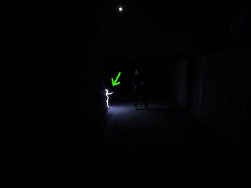 光るコスチューム00