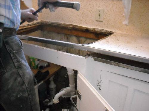 キッチンを44時間で改装08