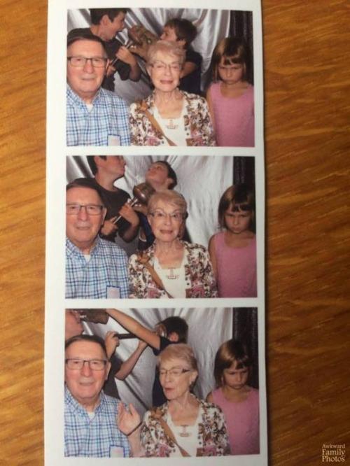 家族写真はうまく撮れるとは限らない09